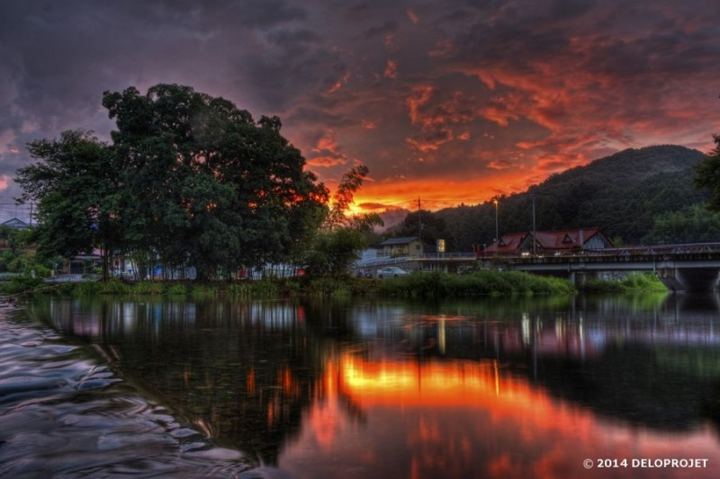 Dramatic atmosphere in landscape photography